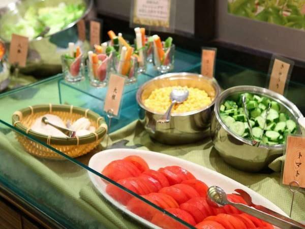 夕食ブッフェ+季節のメイン料理1品/一例