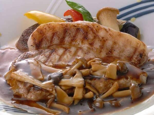 四季の会席+1品チョイス/牛の網焼きステーキ/一例