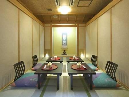 部屋食または個室食事処