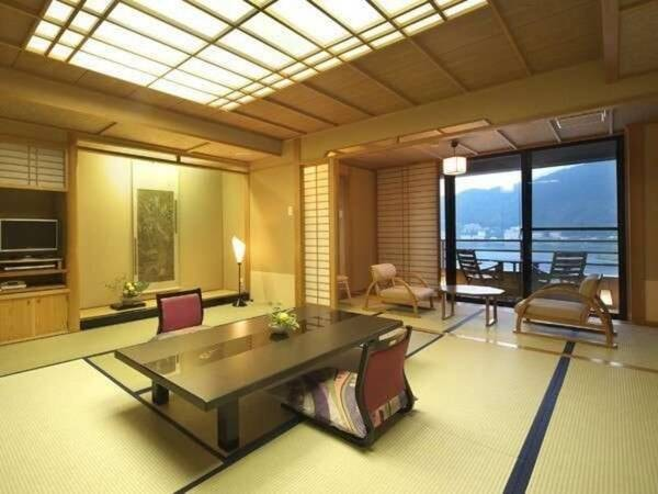 檜造りの露天風呂付和室/一例