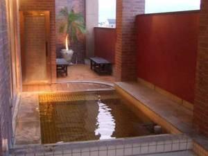 別棟/大浴場/露天風呂
