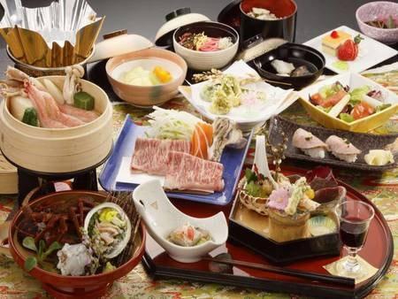 前沢牛・伊勢海老・鮑・ズワイガニの和食膳/一例