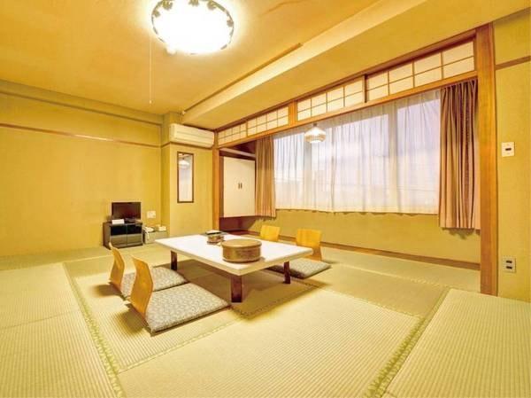 【本館】和室13.5畳(定員5名)