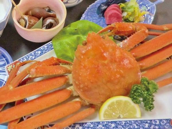 紅ずわい蟹「半身⇒1杯」&姿造り会席(写真一例)紅ずわい蟹が半身から1杯に無料江グレードUP!