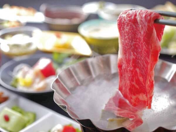 選べるメイン付・料理グレードアッププラン/一例。和風創作会席に「山形牛すき焼き」「山形牛しゃぶしゃぶ」「海鮮鍋」から予約時、個人選択可能!