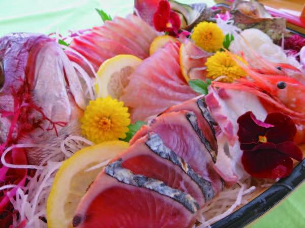 【舟盛付!日本海の幸御膳/例】新鮮なお刺身を1組につき1台の舟盛でご提供