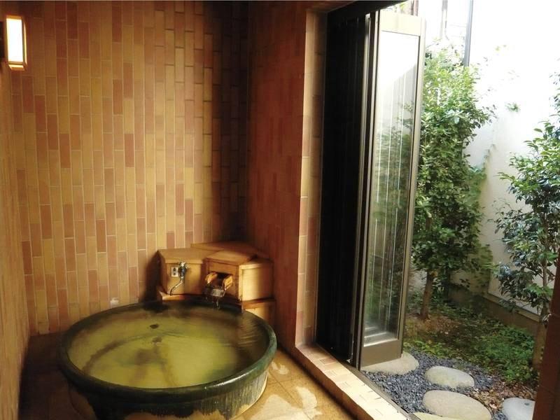 【貸切風呂】プライベートな空間で温泉を満喫!