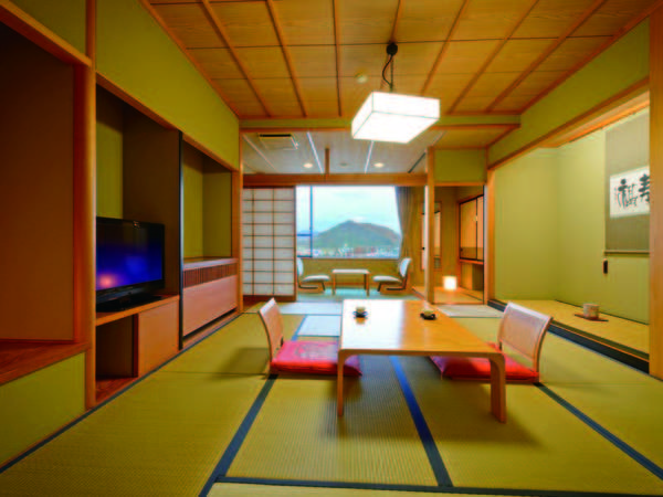 【中央館10畳和室/例】約45㎡の広いお部屋へグレードアップでごゆっくり