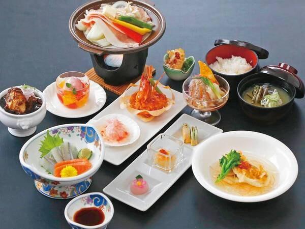 湯ったり会席【2021年3月1日~5月末までの一例】米の娘豚陶板焼き、海鮮二種の中華式カルパッチョ、甘鯛のうろこ揚げ 、牛肉の黒酢煮など