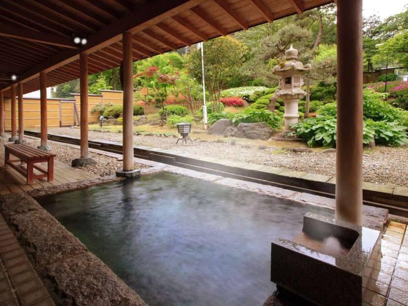 男性大浴場【義経の湯】露天風呂