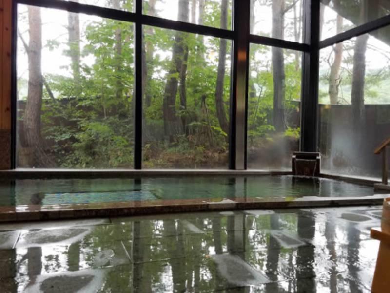 【館内大浴場】アルカリ性天然地下水。お肌しっとり♪強酸性の温泉が苦手な方ものんびりお入りいただけます※天然温泉ではありません