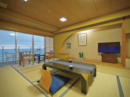 【西館和室/例】広々16畳!日本海を望む