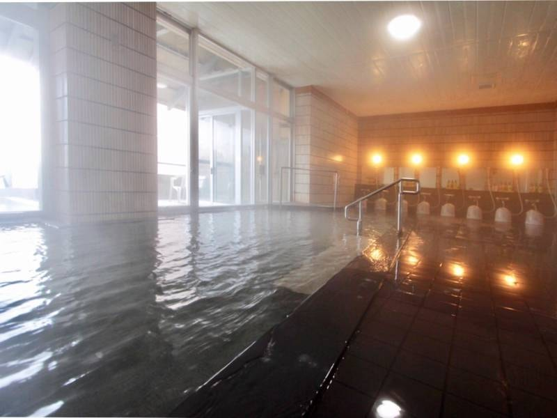 【大浴場】かけ流しの温泉が楽しめる!