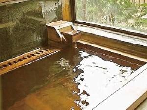 【貸切風呂】源泉かけ流しの貸切風呂が3箇所あり、空いていれば無料でご利用可能!※当日先着順