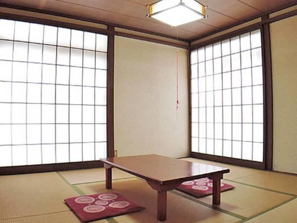 和室【8帖】/一例 広々としたお部屋で、のんびりとくつろぎながら時間を過ごすことができます。