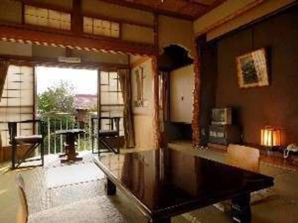 【和室/例】畳のお部屋でゆっくりと寛ぐ
