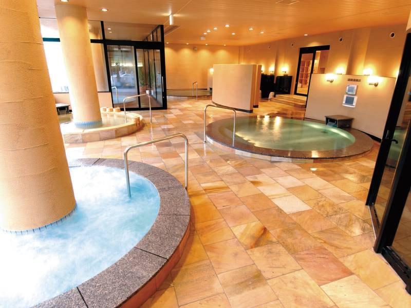 【大浴場ゆらり】檜風呂など6種の湯巡り(男女入替制)※工事中につき、露天風呂は使用できません。