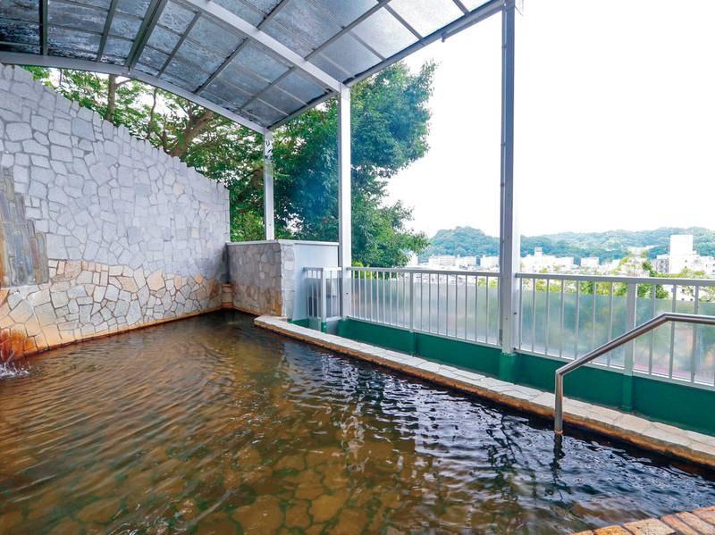 【福の湯】大黒の湯から内階段で移動してすぐ!人気の半露天風呂!