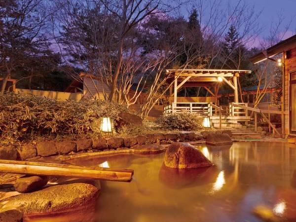【櫟平ホテル】【日程限定のお得なゆこ得プラン販売中!】眼下には鏡ヶ池が広がる開放感が心地良い宿。珍しい酸性泉の温泉と薬草露天風呂を楽しめる