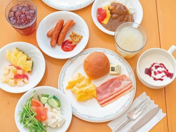 【朝食バイキング/例】料理長厳選の食材を使用した、和洋バラエティ豊かなラインナップ!