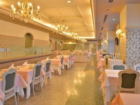【レストラン「ファムネット」】洋食フルコースを堪能♪
