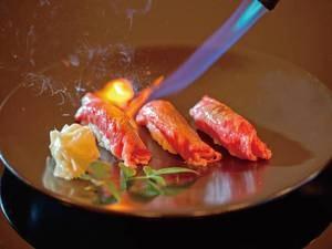 【A5ランク福島牛の炙り寿司/例】