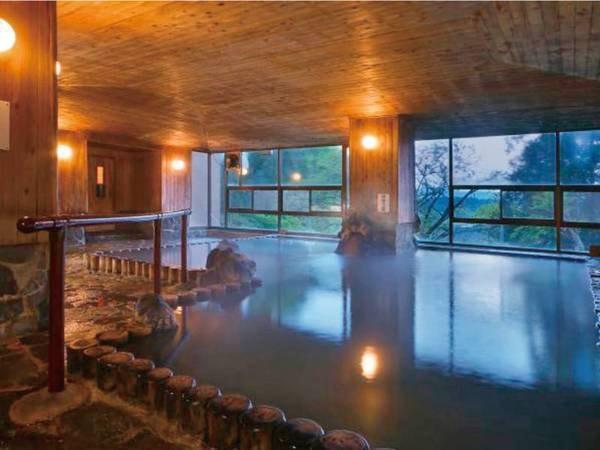 【押切川(男性)ひめさゆり(女性)/大浴場例】65.5度という高温で塩分が高いのが特徴