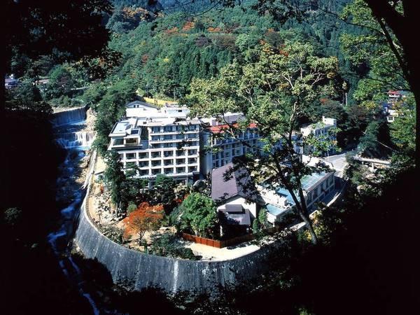 【外観】純和風の旅館で優雅な気持ちに浸れる