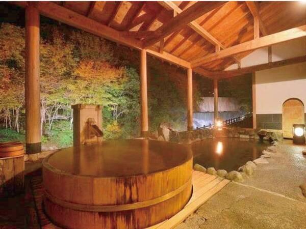 【太子の湯】荒川二段の滝を眼前に、清涼感あふれる雰囲気をお楽しみいただける