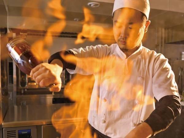 【出来立て和食フルコース/例】オープンキッチンで出来立ての和食をご用意!
