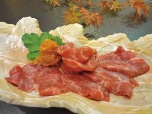 【馬刺し/例】会津名物の人気の馬刺しは辛味噌で食べるのが福島流♪