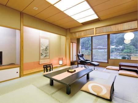 【和室/一例】優しい雰囲気づくりを大切にした11畳の和室