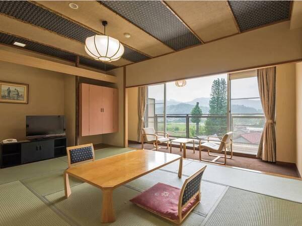 【出で湯館・夕陽側/例】昔ながらの旅情を感じる客室
