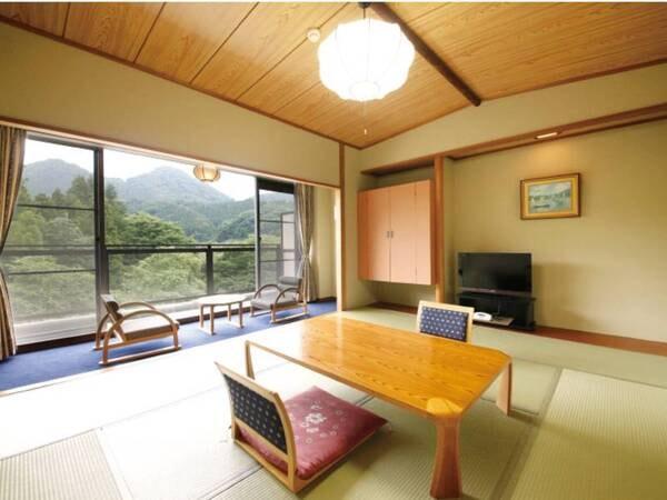 【出で湯館/渓流側客室/例】渓流を望む10畳和室