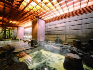 【新館1F露天風呂】宿泊者専用でゆったり