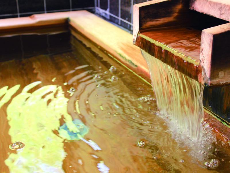 【温泉】ファンも多い人工ラジウム泉を使用