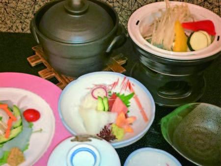 【霜降りハーブ豚膳/例】旬菜とともに頂く美味を堪能