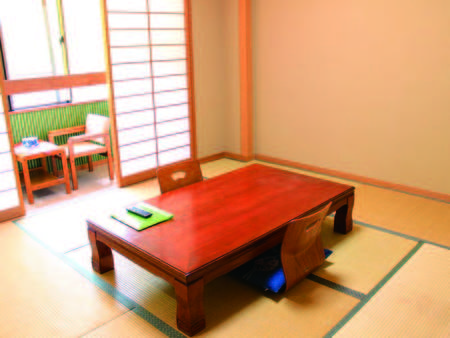 【和室/例】8畳の広縁付和室でゆったり