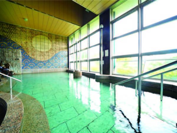 【大浴場】優しい湯ざわりが特徴の温泉