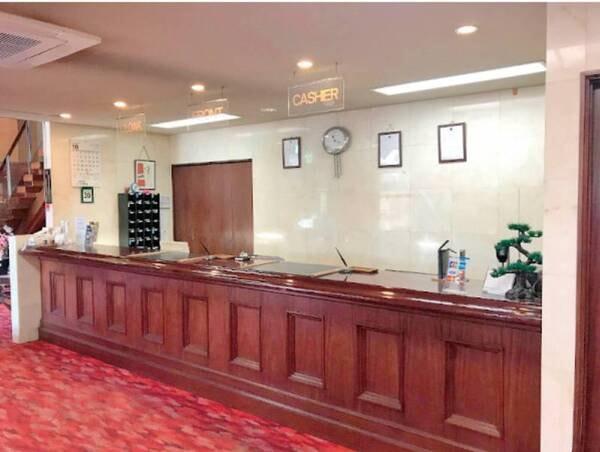 日本三名瀑「袋田の滝」までは車で約12分