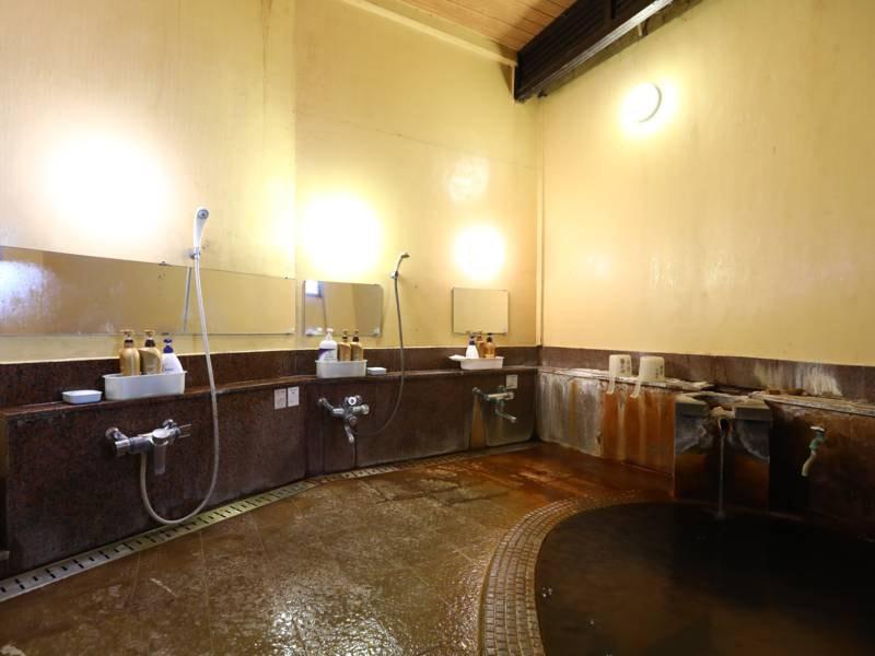 女性(内湯)/やわらかな肌触りの温泉は女性のお客様にも人気