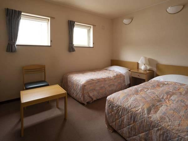 【洋室】シングルベッドが2台入ったツインルーム/例