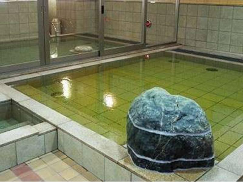 天然温泉 みなぴりかの湯/露天風呂