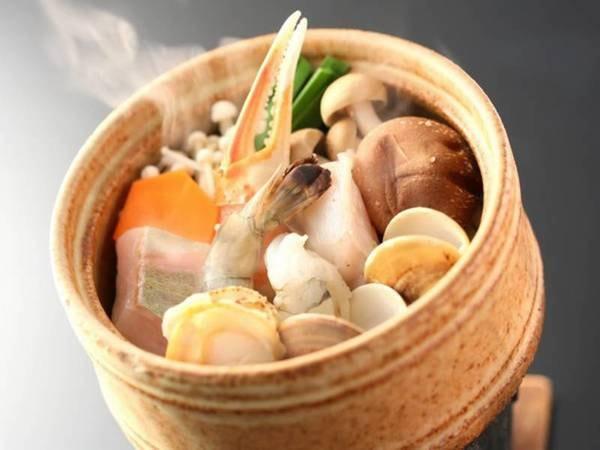 選べる主菜②海鮮蒸し(一例)