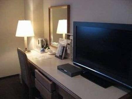 液晶TV全室完備☆薄型でデスク周りもスッキリ広々