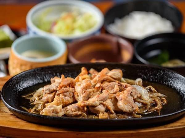 地鶏焼き定食(夕食のみ)/一例
