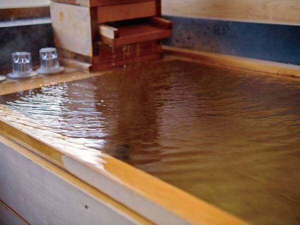 【あがの】檜風呂付離れ和室三間[禁煙]/客室風呂
