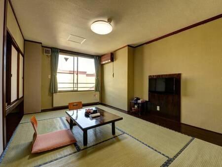 *【和室7.5畳一例】カップル、ご夫婦に最適の広さ。ウォシュレット、羽毛布団も完備☆