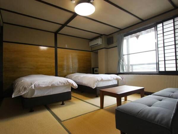 *【ベッドルーム一例】シンプルで快適なベッドタイプの和洋折衷、趣あるお部屋でお寛ぎ下さい。