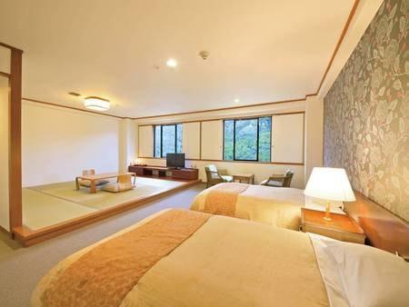 【松林側ファミリールーム(52㎡)一例】人気の和洋室タイプのお部屋です